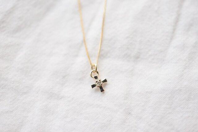 [10K]cross diamondネックレスの画像1枚目