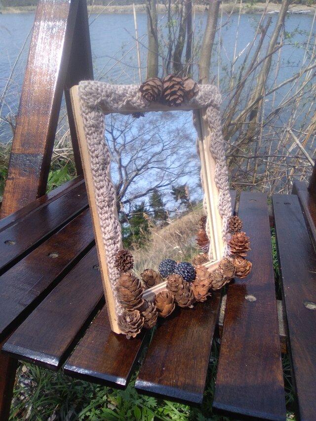 自然素材のロマンティックな卓上スタンドミラー 小 (2)の画像1枚目