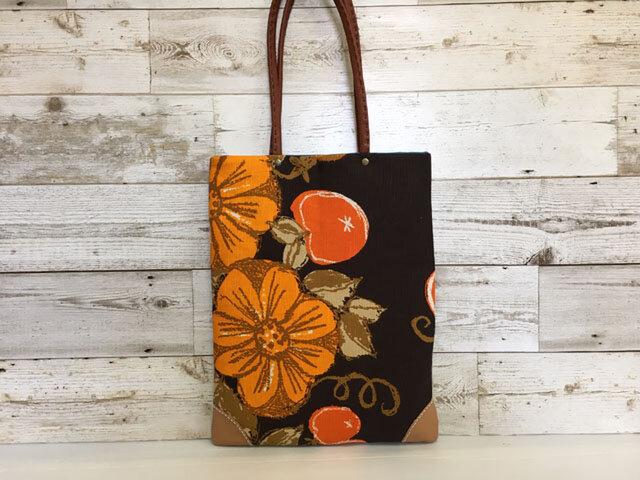 ★sale トートバッグA4手提げ  ヴィンテージオレンジ花の画像1枚目