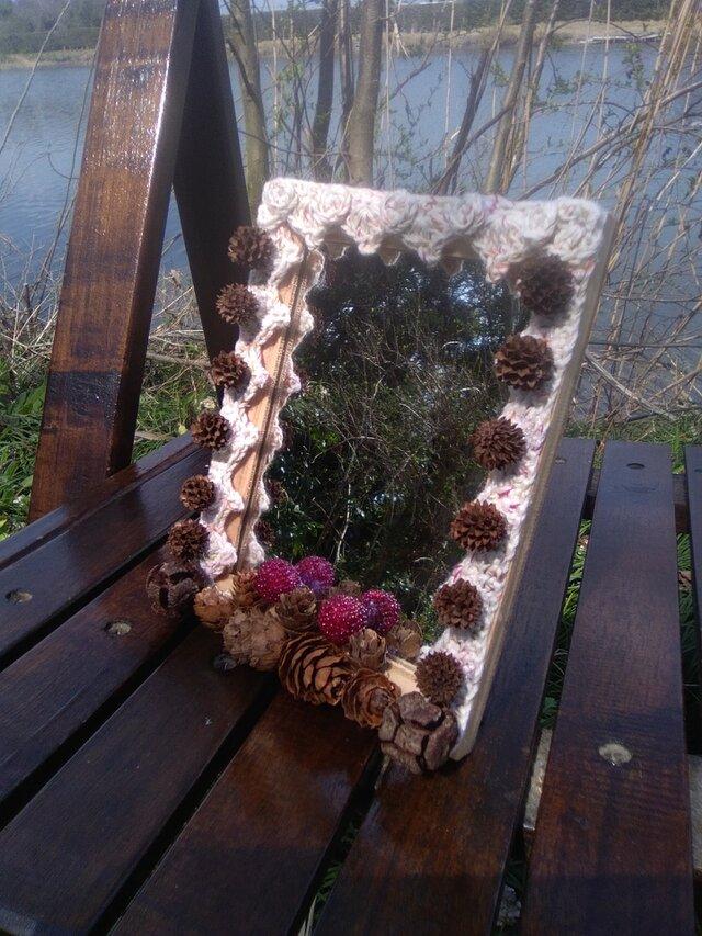 自然素材のロマンティックな卓上スタンドミラー 小 (4)の画像1枚目