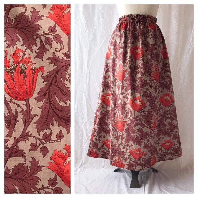 レディのためのシンプルAラインスカート(ウイリアムモリスのアネモネ:ワイン)の画像1枚目