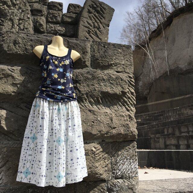 アイヌ チヂリ柄 ダブルガーゼ ギャザースカート ホワイト オリジナルテキスタイルの画像1枚目