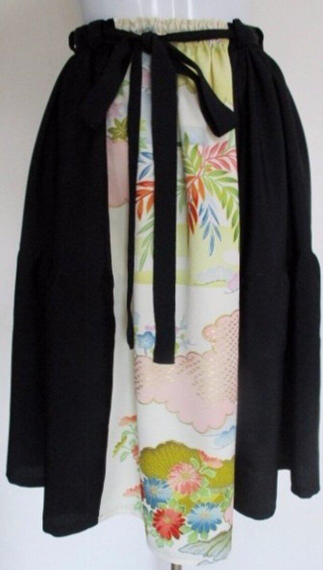 送料無料 花柄と黒の羽織で作った膝丈スカート 4210の画像1枚目