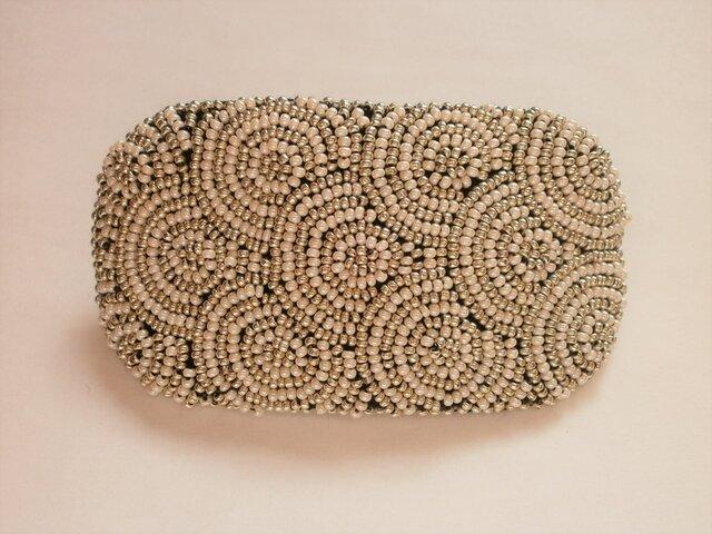 特小ビーズの丸模様刺繍バレッタ(白&シルバー)の画像1枚目