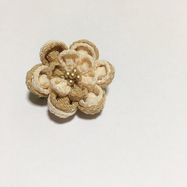 お花のブローチの画像1枚目