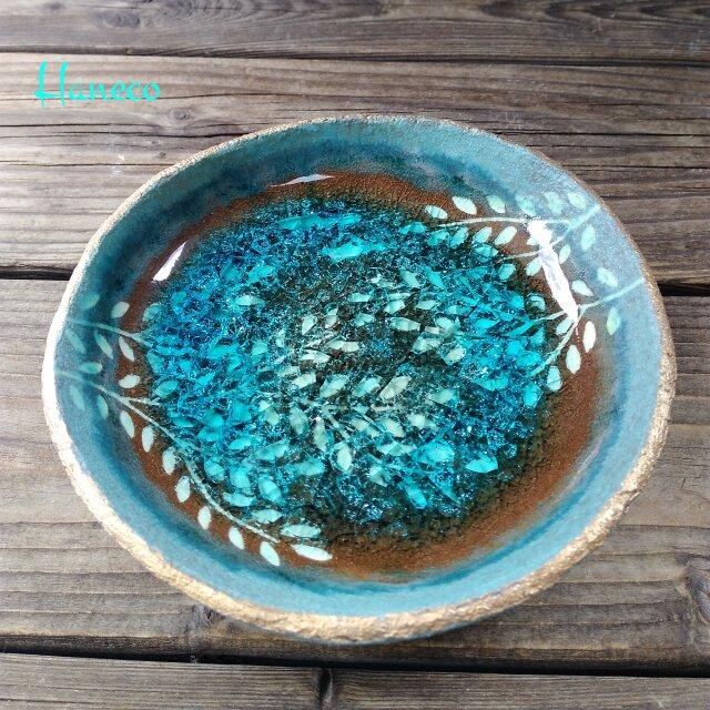 空色みずたまり中皿 枝葉と魚 no.5の画像1枚目