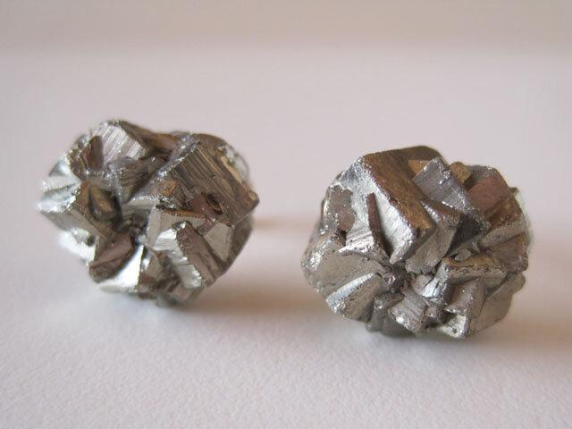 パイライトの原石ピアス/黄鉄鉱 14kgfの画像1枚目