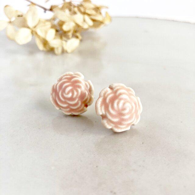 Rose/L size コーラルピンク : 陶器 : ピアス/イヤリングの画像1枚目