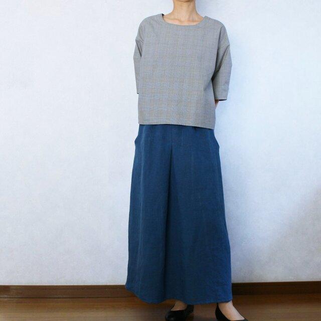 〈受注生産〉やわらかいリネンの1タックロングスカート(インクブルー)の画像1枚目