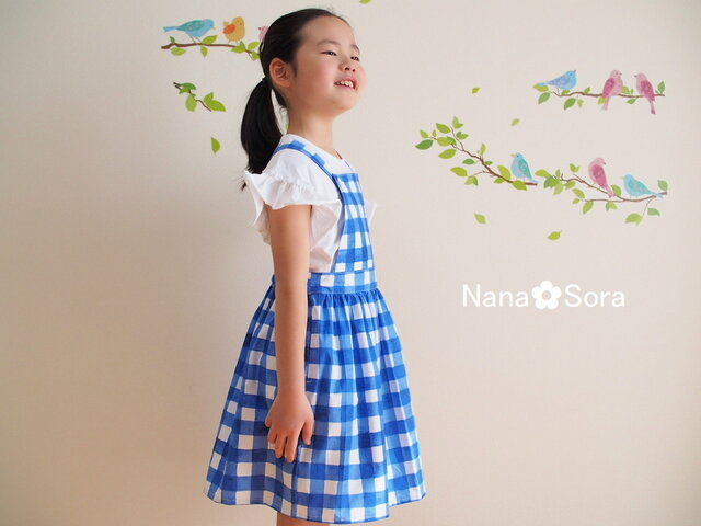 size130 女の子のジャンパースカート(手描きチェック・ブルー)の画像1枚目