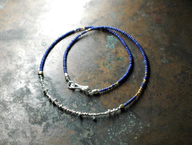 算盤型ラピスとさざれカレンシルバーの華奢のネックレスの画像1枚目