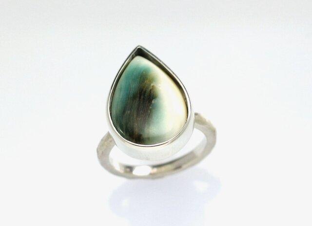 夜光貝のリング(ペアシェイプ型)の画像1枚目