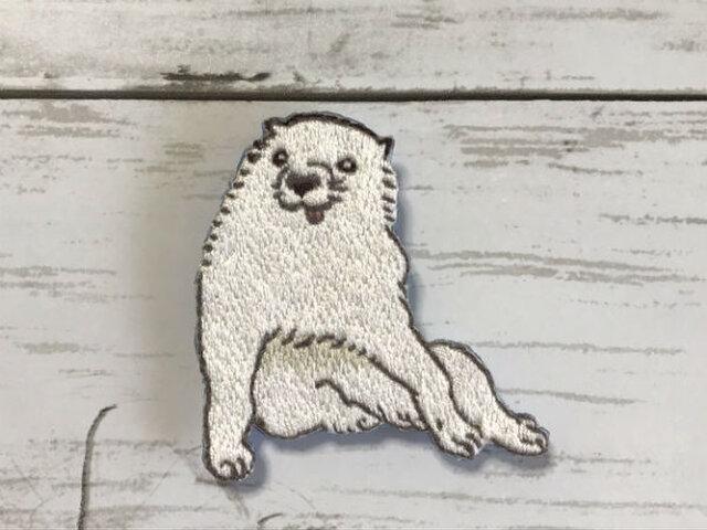 手刺繍日本画ブローチ*長沢芦雪「白象黒牛図屏風」の犬の画像1枚目