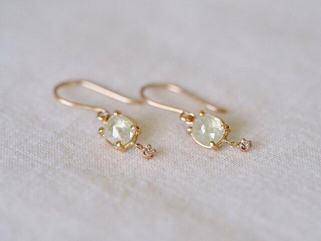 littlest bouquet earrings/green appleの画像1枚目