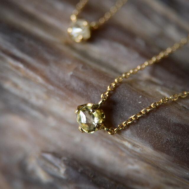 ラフ ダイヤモンド(0.34ct)のプチペンダントネックレスの画像1枚目