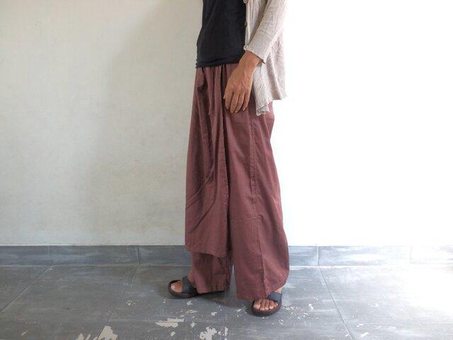 あずき色/ラップスカート付きゆったりストレートパンツの画像1枚目