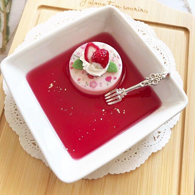 再販!花柄いちごケーキのアクセサリートレイの画像1枚目