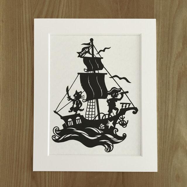 ろくとくろの切り絵「海へ」の画像1枚目