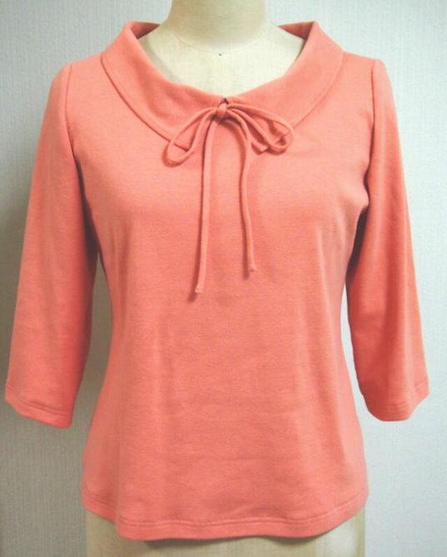 ショールカラーのリボン大好きTシャツ(サーモンピンク)の画像1枚目