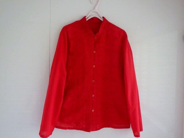 刺繍のブラウス 赤いチャイナカラーの画像1枚目