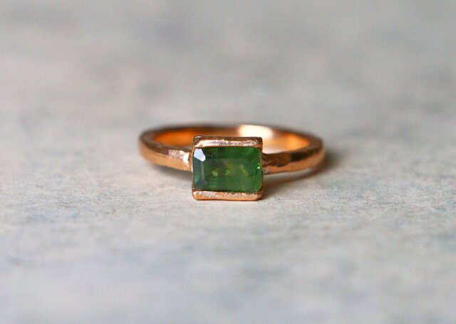 天然石*天然グリーンサファイア 指輪*11号 PinkGPの画像1枚目