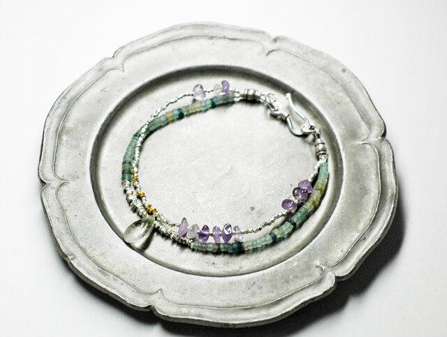 「G様専用」小さなローマングラスと内包物水晶、カレンシルバーとアメジストのブレスの画像1枚目