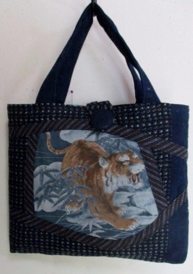 4298 #送料無料 絣と藍で作った手提げ袋 の画像1枚目