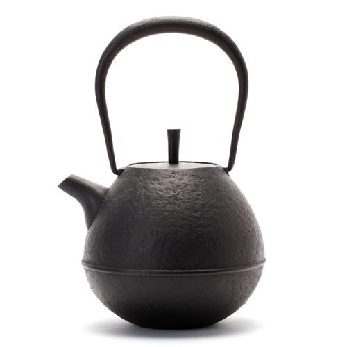 鉄瓶 「Egg・大」黒 南部鉄器 空間鋳造の画像1枚目