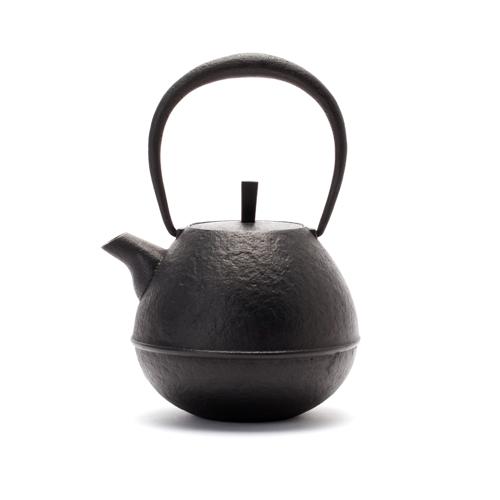 鉄瓶 「Egg・中」黒 南部鉄器 空間鋳造の画像1枚目