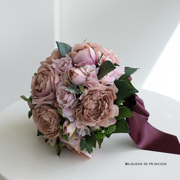 【ブートニア付き】大人のアンティークローズのラウンドブーケ (造花)前撮り 海外ロケフォト サプライズ の画像1枚目