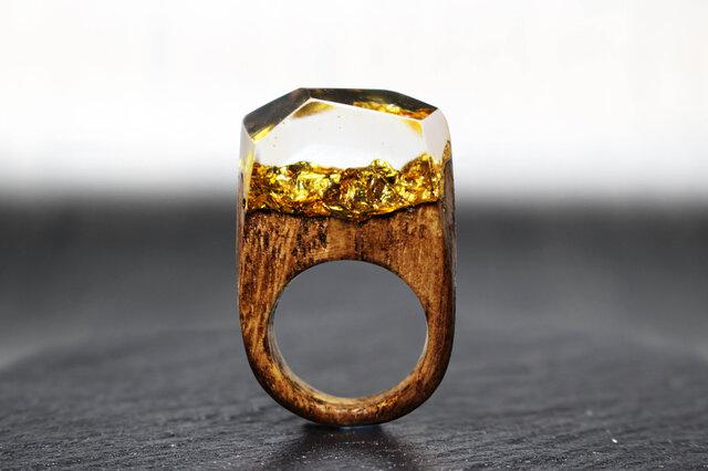【送料無料】Modern Gold ~Resin Wood Ring~の画像1枚目