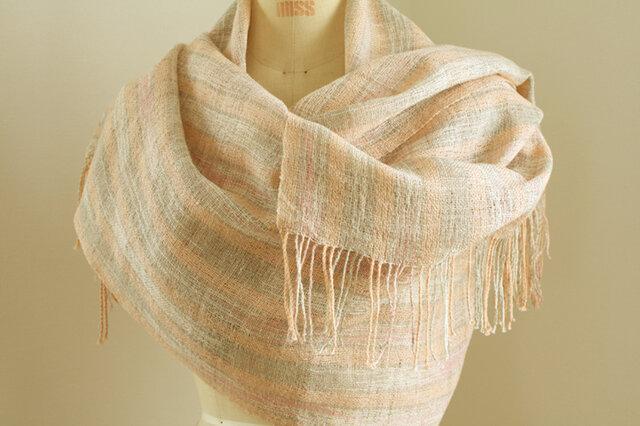 手織り サーモンピンクのリネンショールの画像1枚目