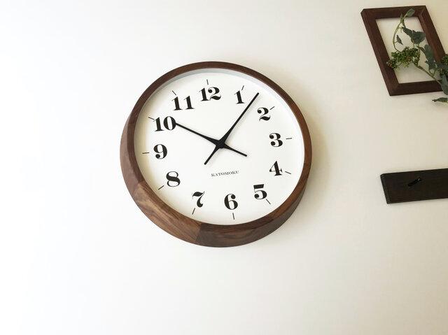 KATOMOKU muku round wall clock 12 ウォールナット km-98BRC 電波時計 連続秒針の画像1枚目
