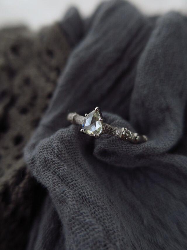 K18WG Pear shape Rose cut Dia  Ringの画像1枚目