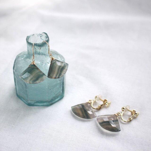 Rainbow Fluorite Fan-shaped earrings フローライトのピアス/イヤリング 14KGFの画像1枚目