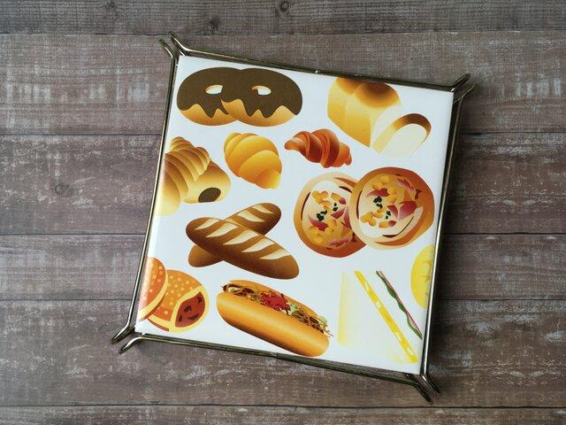 名入れ可!パン 金具つき鍋敷きの画像1枚目