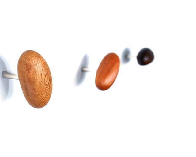 木製コートハンガー/3個/小石型 HS-A オーク/チェリー/オールナット【 樹種を選べる2700円もお得な3個セット】の画像1枚目