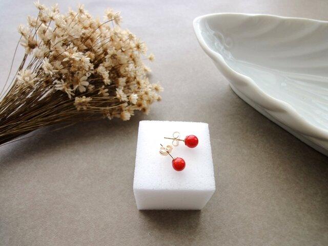 天然石のピアス 14KGF ■ 一粒の幸福 ■ 赤いサンゴ 5mmサイズの画像1枚目