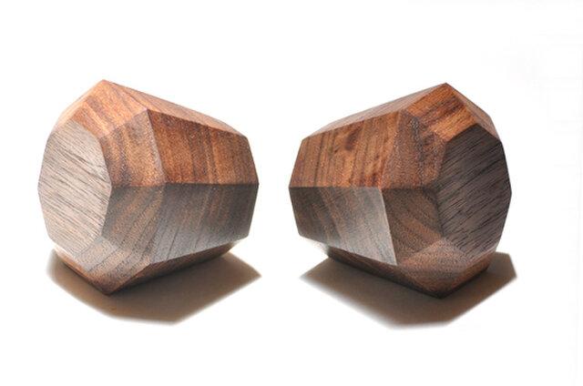 木製ドアノブ/2個/ダイヤモンド型 DK-17L オーク/オールナット《光が生み出す美しい明暗のグラデーション》の画像1枚目