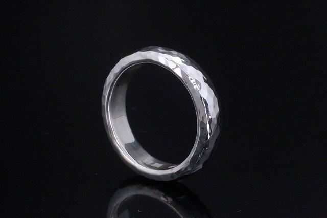 【刻印無料】 指輪 メンズ : 甲丸 丸 鎚目 シルバー リング 5mm幅 4~27号 シンプルの画像1枚目