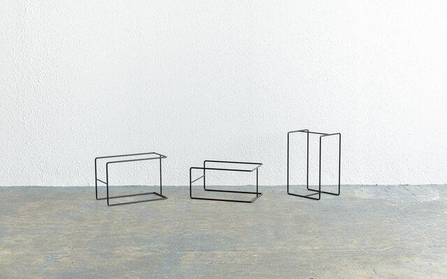 【再入荷】アイアンフレーム(板をのせて使う脚・台)|家具未満シリーズの画像1枚目
