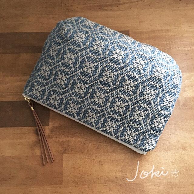 pouch[手織りポーチ] ブルー×シルバーベージュの画像1枚目