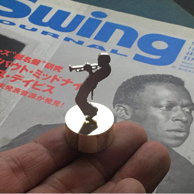 Miles Mini Paper Weight Jazz Silver + Brass マイルスデイビスの画像1枚目
