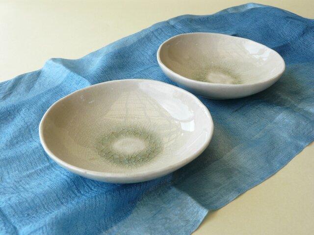 灰釉たたら皿の画像1枚目