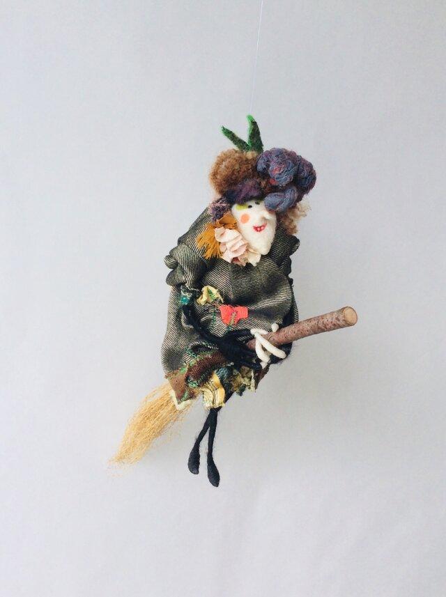 Lupita /魔女人形の画像1枚目