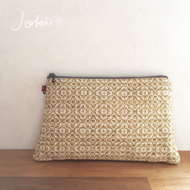 pouch[手織り台形ポーチ] フラワーイエローの画像1枚目