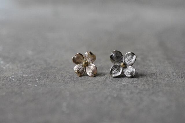 order UN様:K18gold hanamizuki earringsの画像1枚目