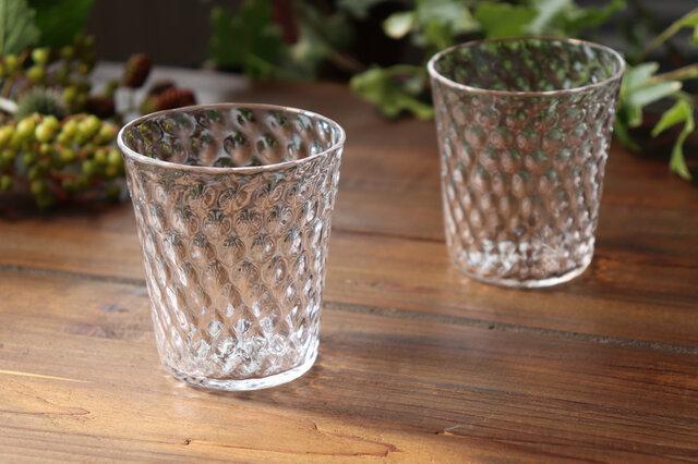 「Fruttaグラス」 フルッタ 透明感  煌めき クリア 果実 シンプル ガラスの画像1枚目