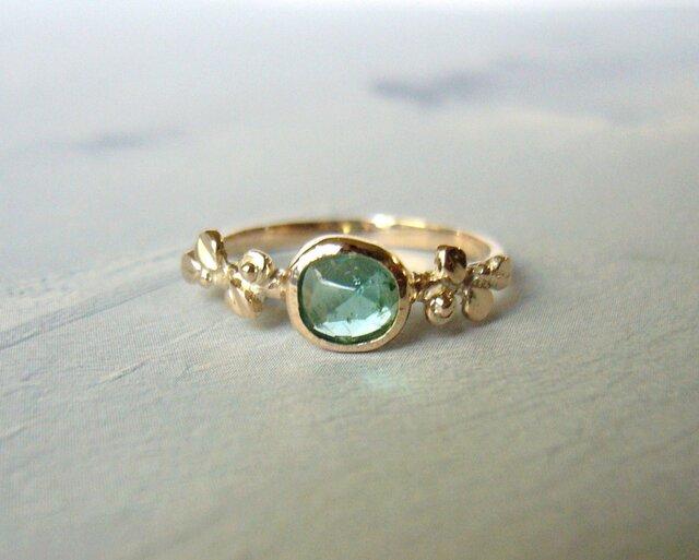 青いトルマリンとリーフの指輪の画像1枚目