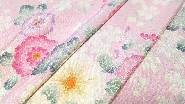 正絹 着物地 はぎれ【花模様】ピンク 50cmの画像1枚目
